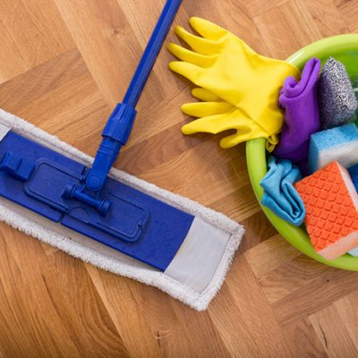 house cleaning services call 131 546
